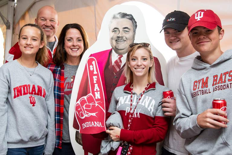 Students and parents wearing Indiana University shirts and hats
